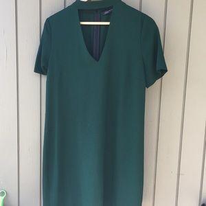 Size M/Zara dark green shift deep v neck dress